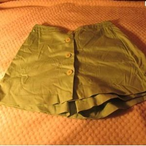 [OFFER💋] Cative Button down Skorts